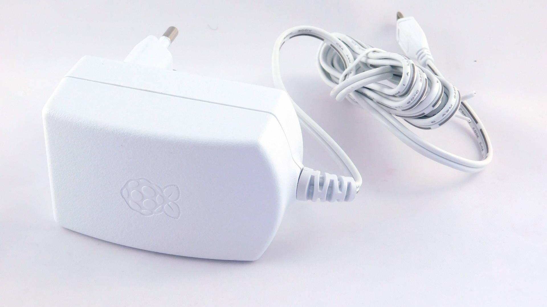 Nettigo: Raspberry Pi 3 official power supply, 2 5A, white